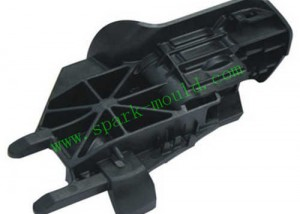 Auto Bracket Molding, Plastic Injection Molding